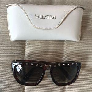 Valentino Authentic Stud Sunglasses. Like New.